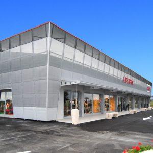 Arredo centro commerciale